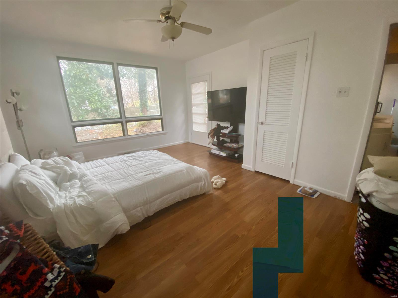 W 606 Walnut Street Property Photo 15