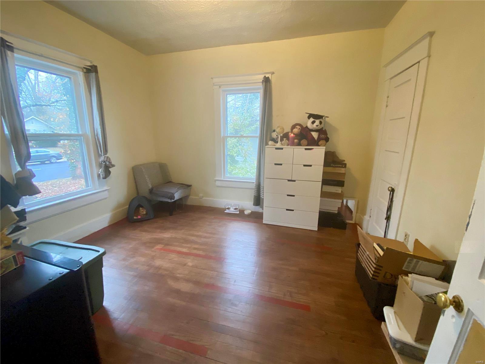 W 606 Walnut Street Property Photo 18