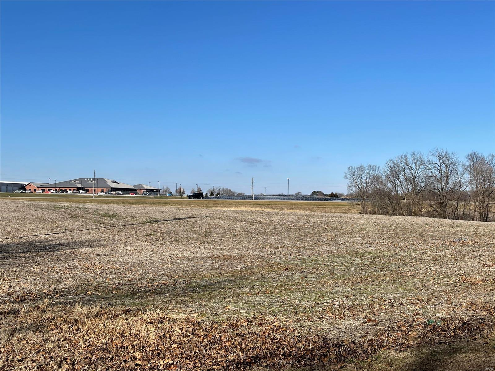 1 Perryville Boulevard Property Photo 9