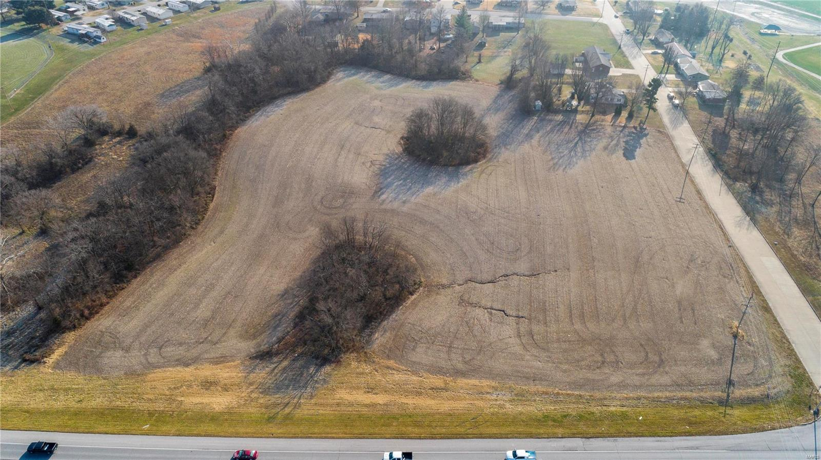 1 Perryville Boulevard Property Photo 17