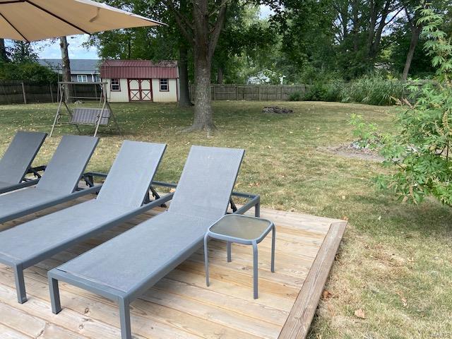 1100 Mockingbird Property Photo 6