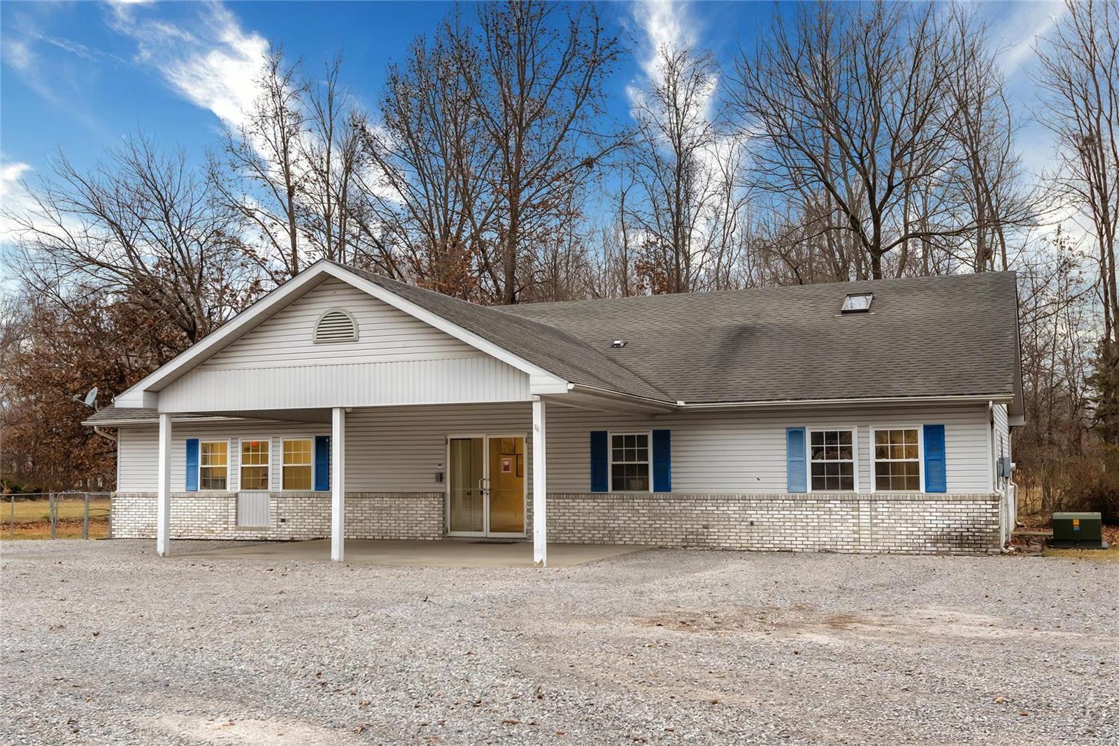 N 2315 Park Avenue Property Photo 1