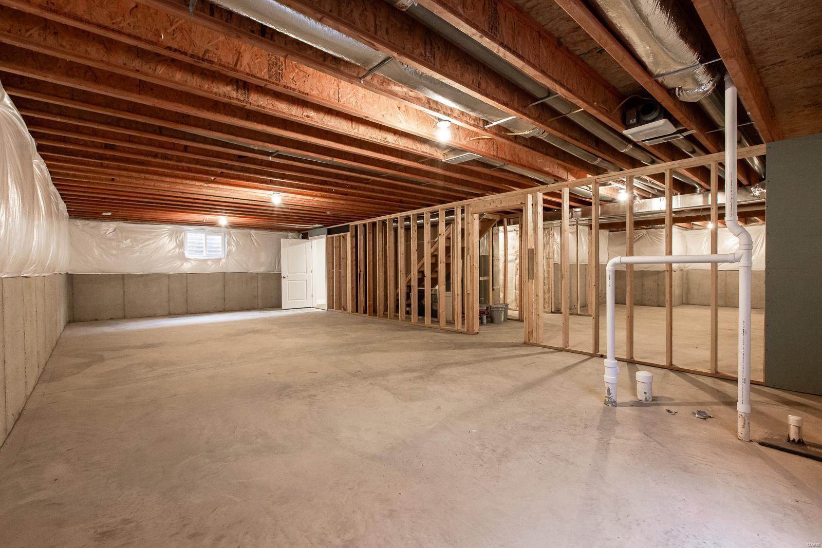 809 Bushwood Way Property Photo 28