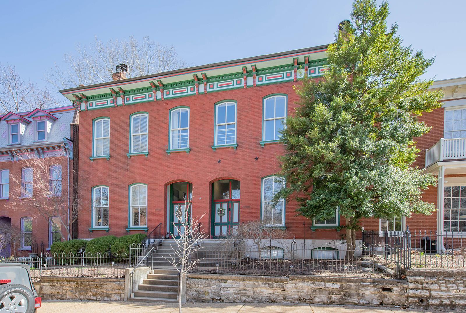 11th Street Condos Real Estate Listings Main Image