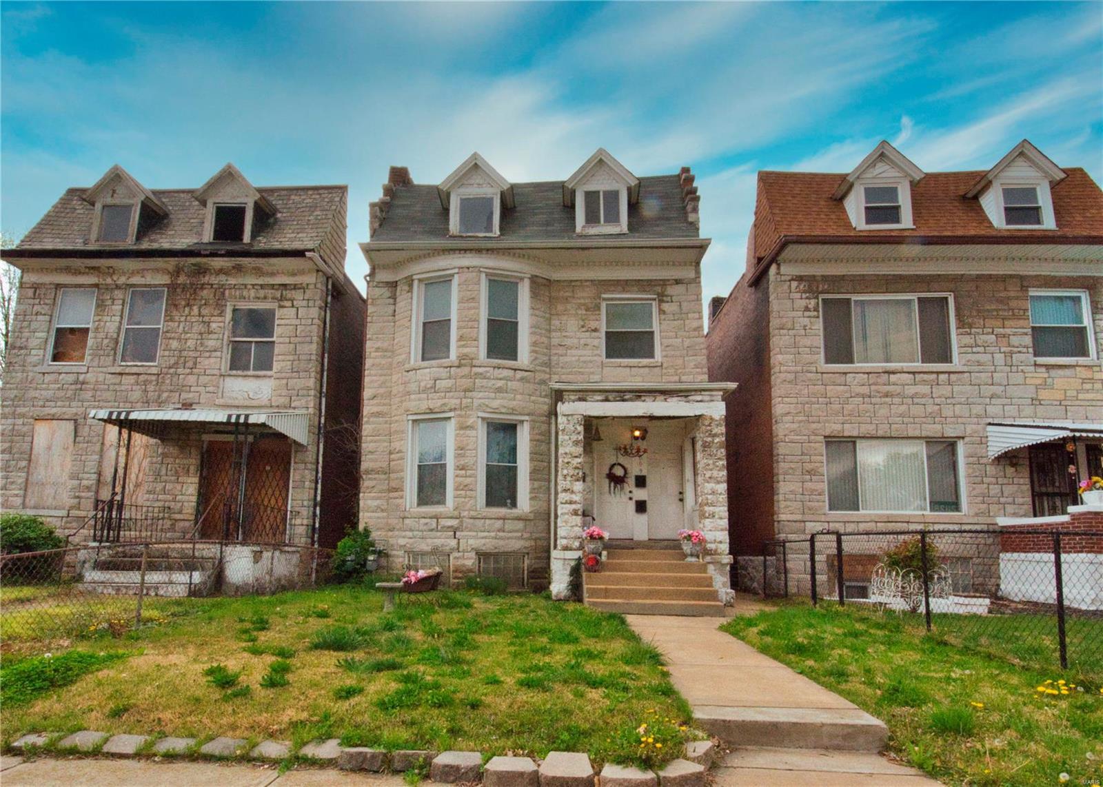 1009 Walton Avenue Property Photo