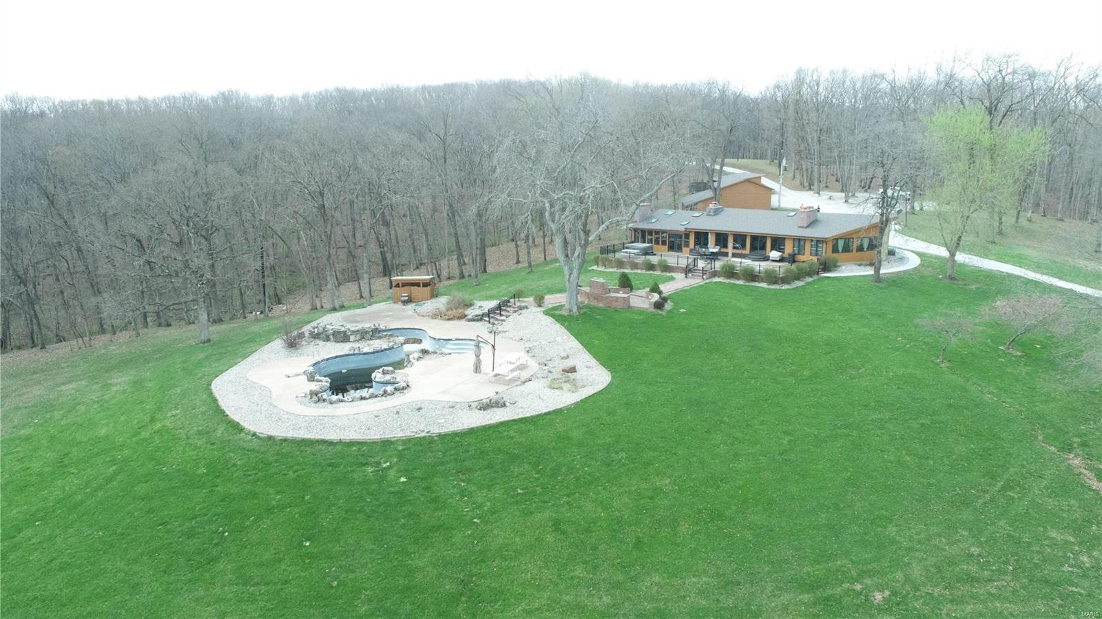 89 Blue Bird Hill Road Property Photo 1