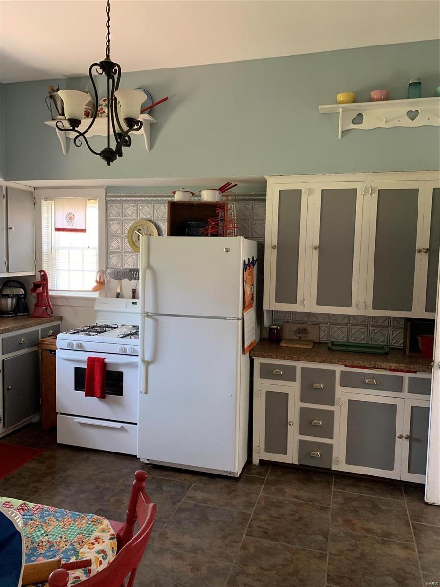 218 W Saint Joseph Property Photo 14
