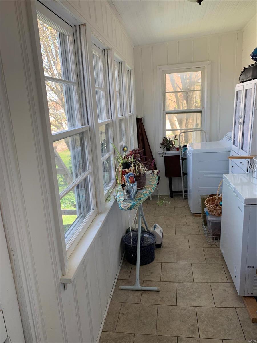 218 W Saint Joseph Property Photo 19
