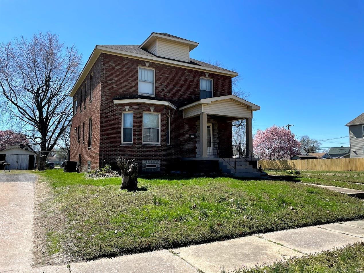 1712 Fourth Property Photo 1