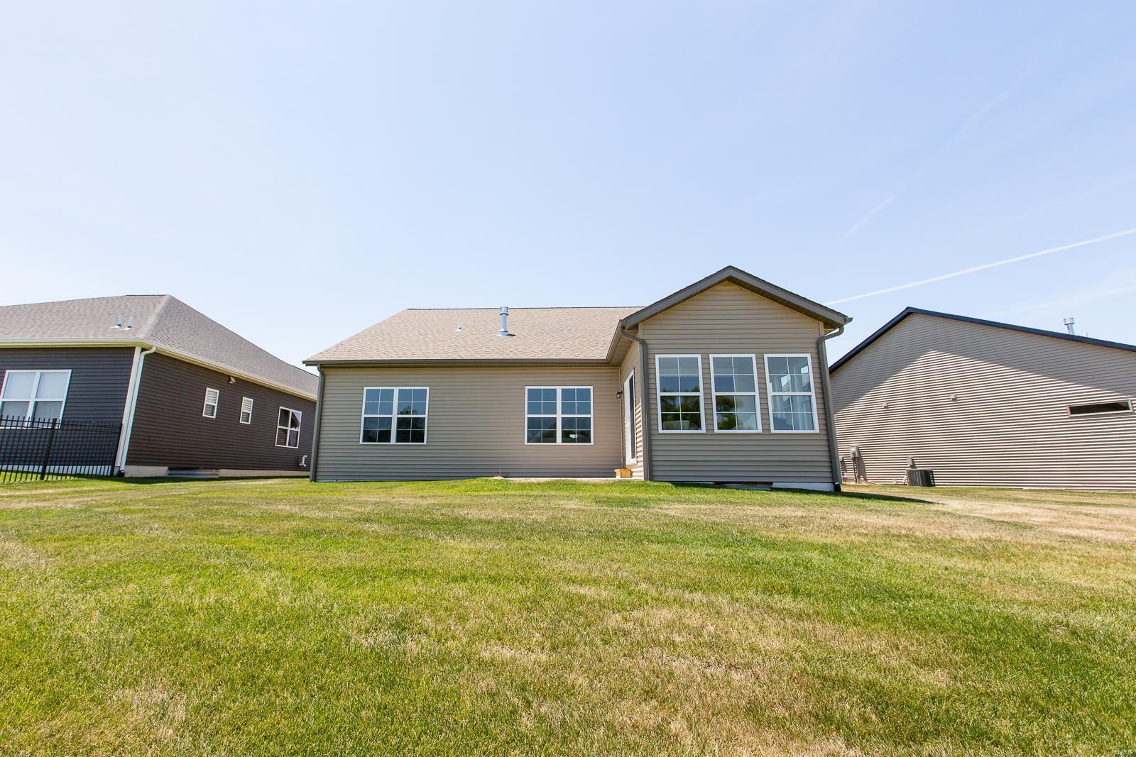 809 Bushwood Way Property Photo 32