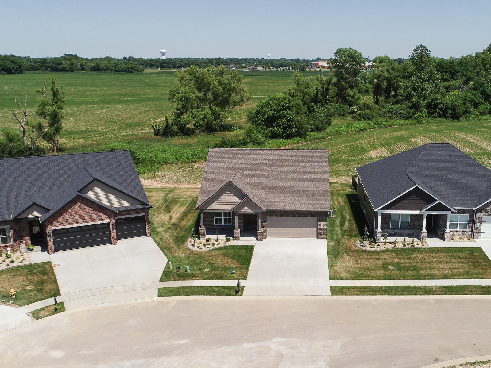 809 Bushwood Way Property Photo 40