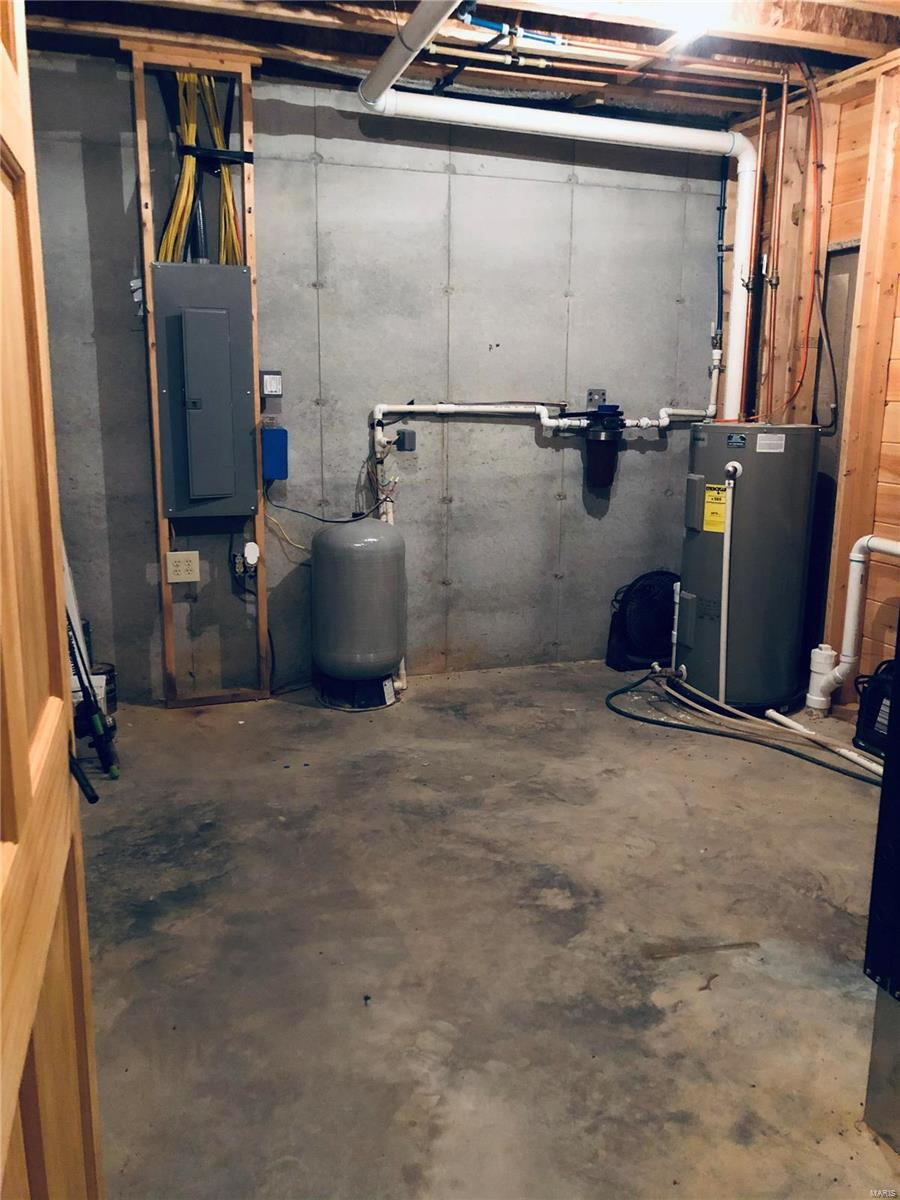 15351 Wayne Rt. E Property Photo 8