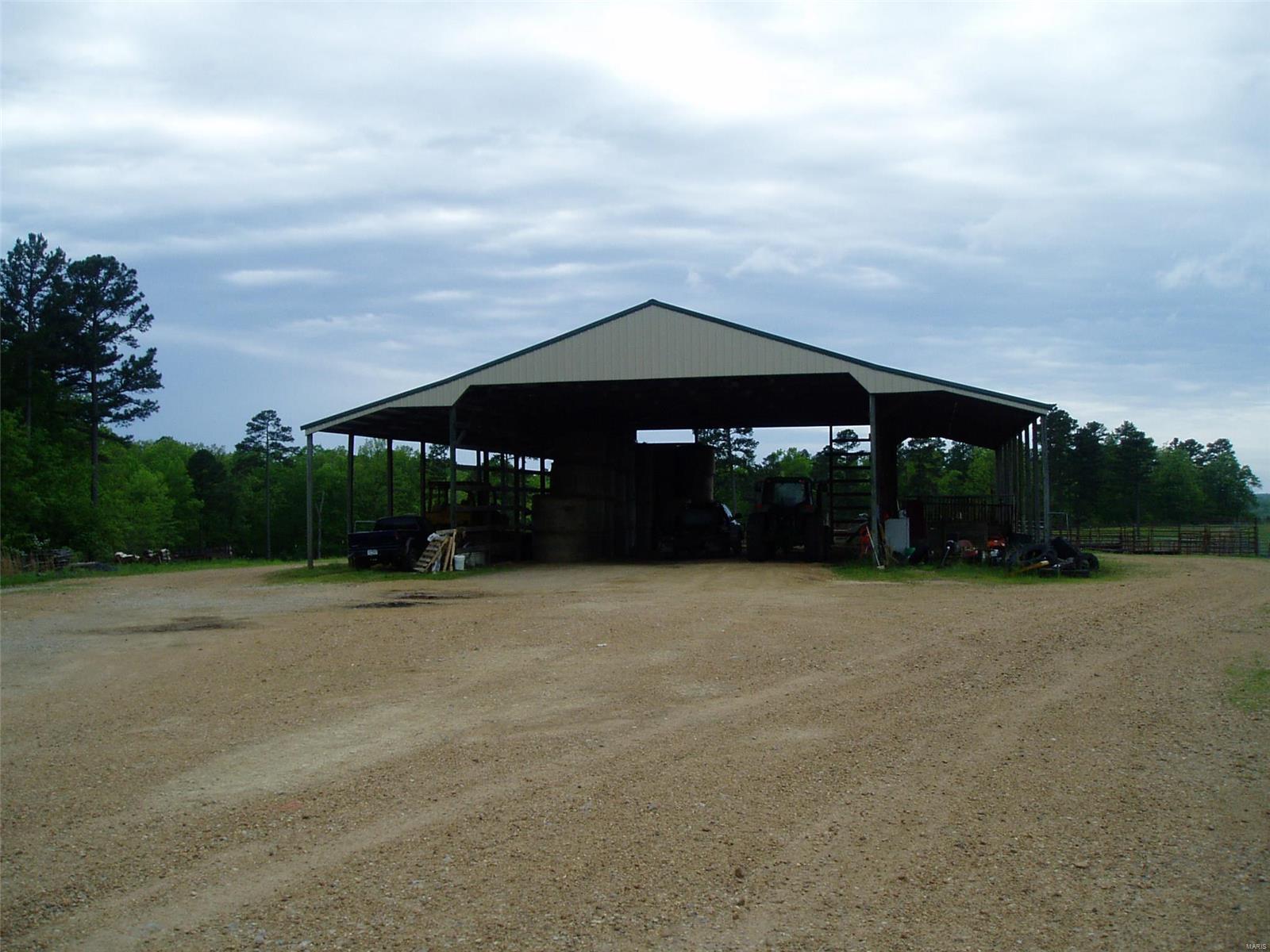 15351 Wayne Rt. E Property Photo 14