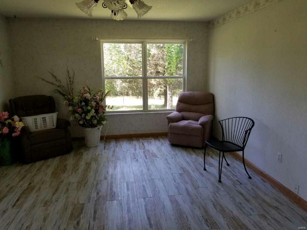 2950 Victoria Property Photo 17