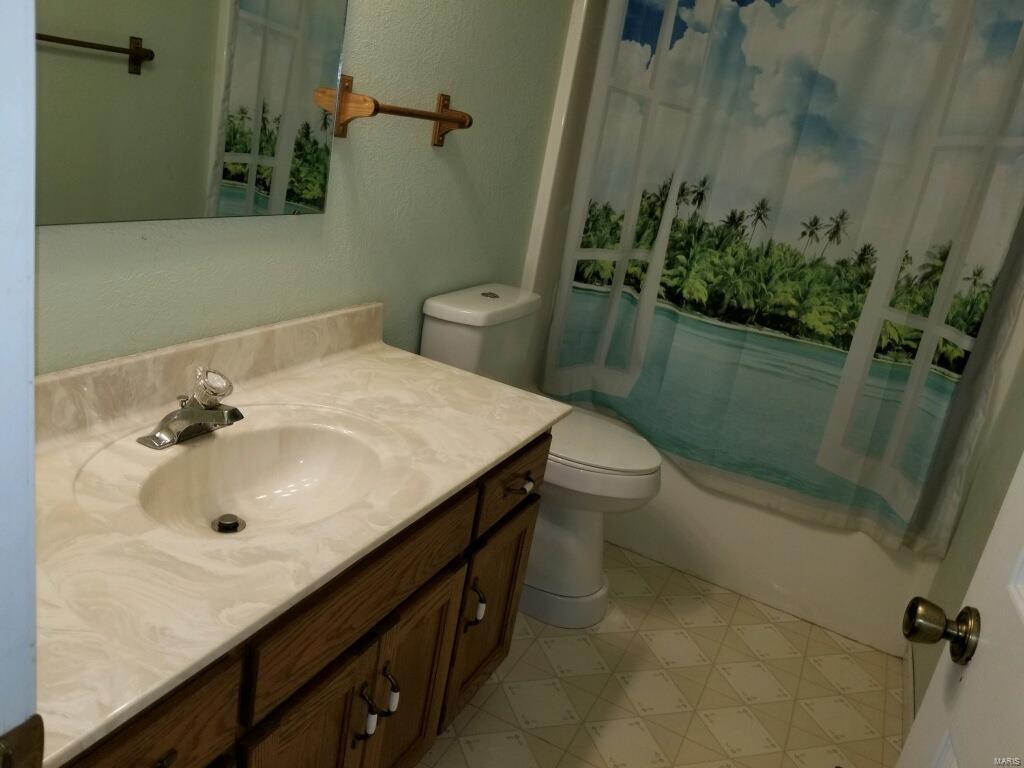 2950 Victoria Property Photo 20