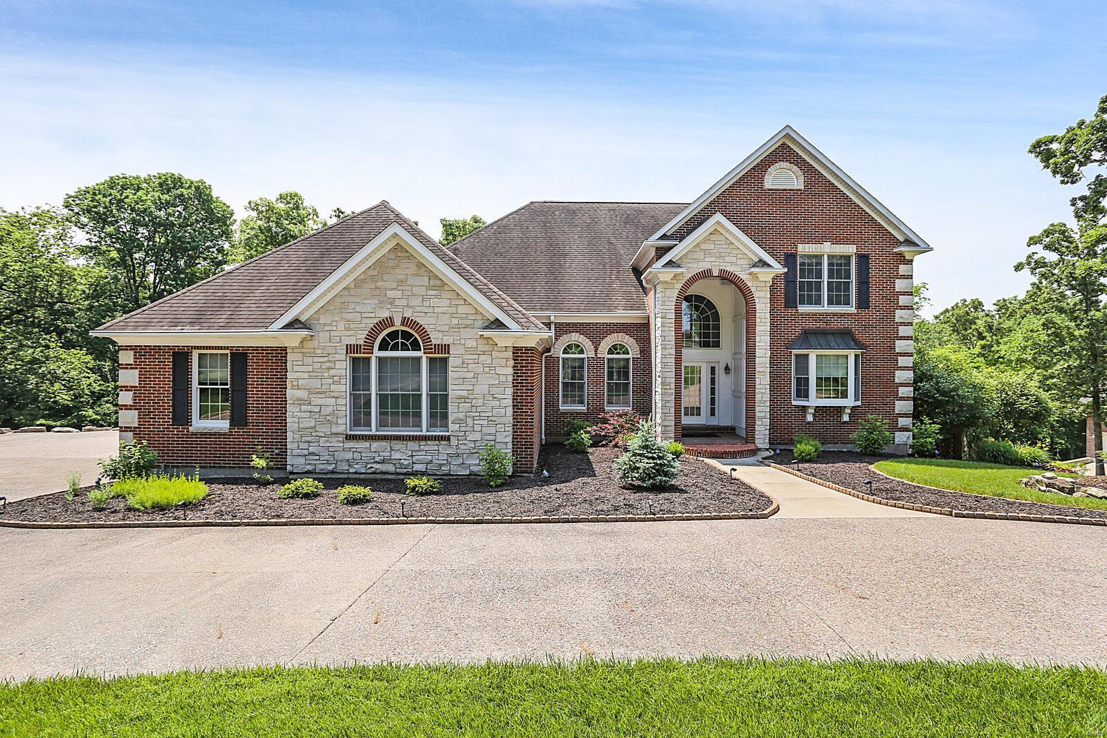 507 Cardinal Meadows Drive Property Photo 1
