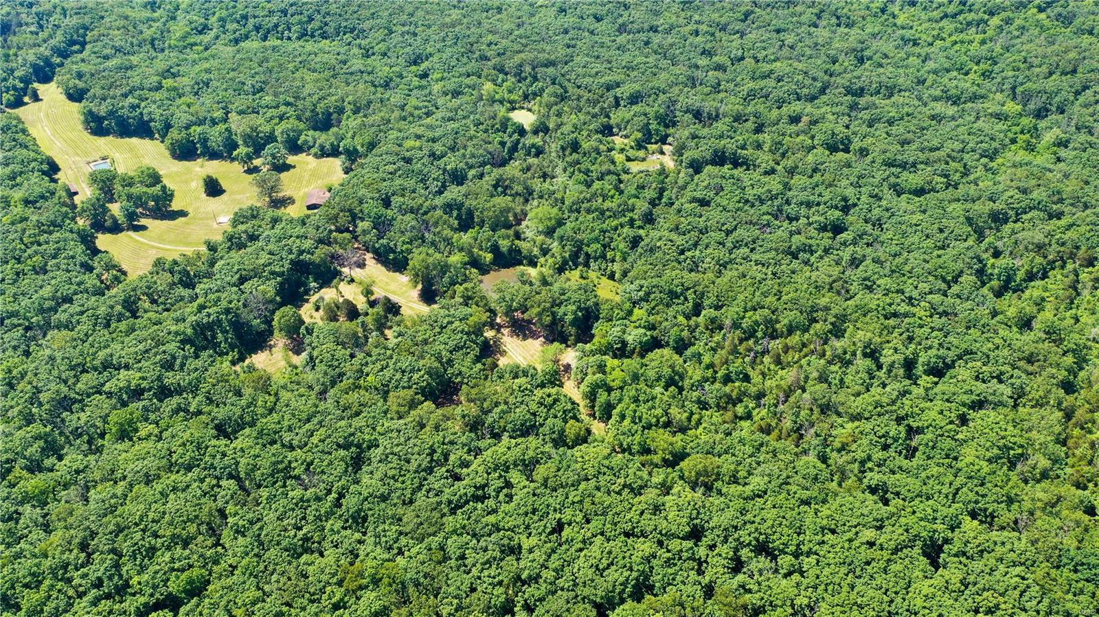 260 Hwy Y Property Photo 4