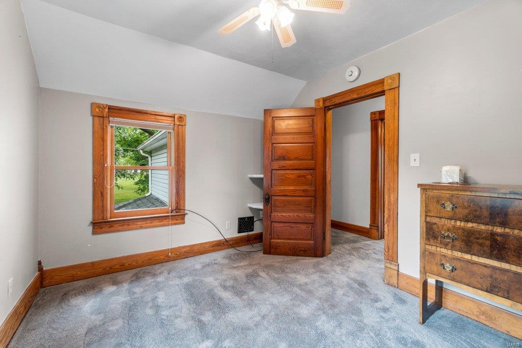 139 S Oak Street Property Photo 13