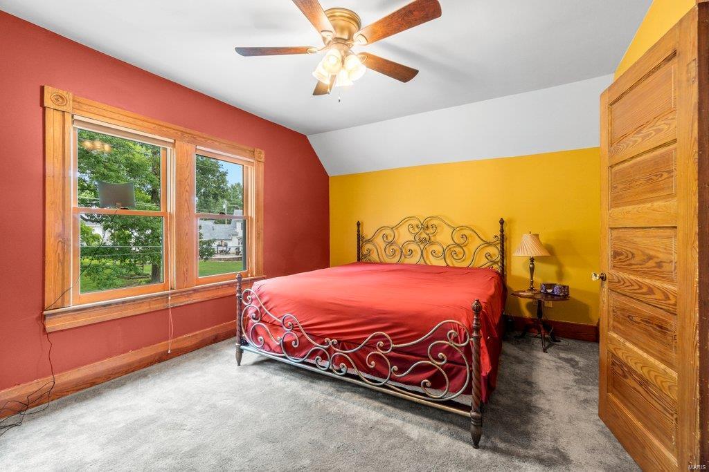 139 S Oak Street Property Photo 14