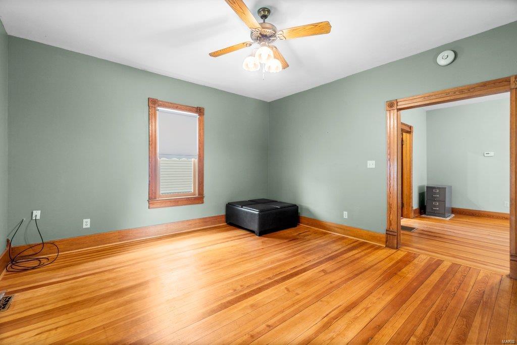 139 S Oak Street Property Photo 17