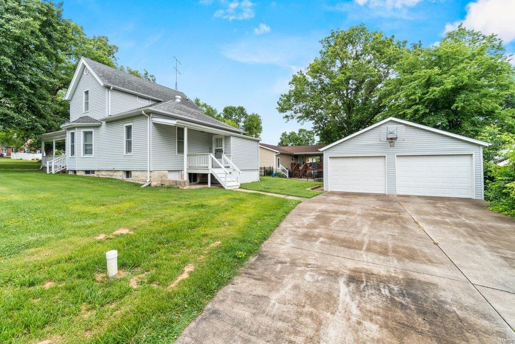 139 S Oak Street Property Photo 24