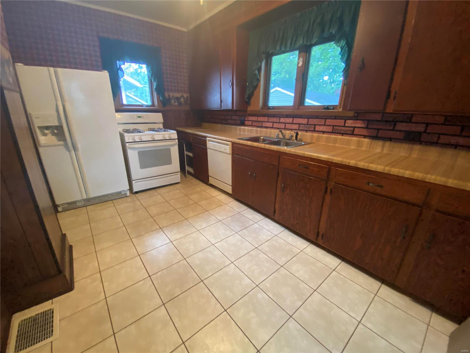 212 S 8th Street Property Photo 6