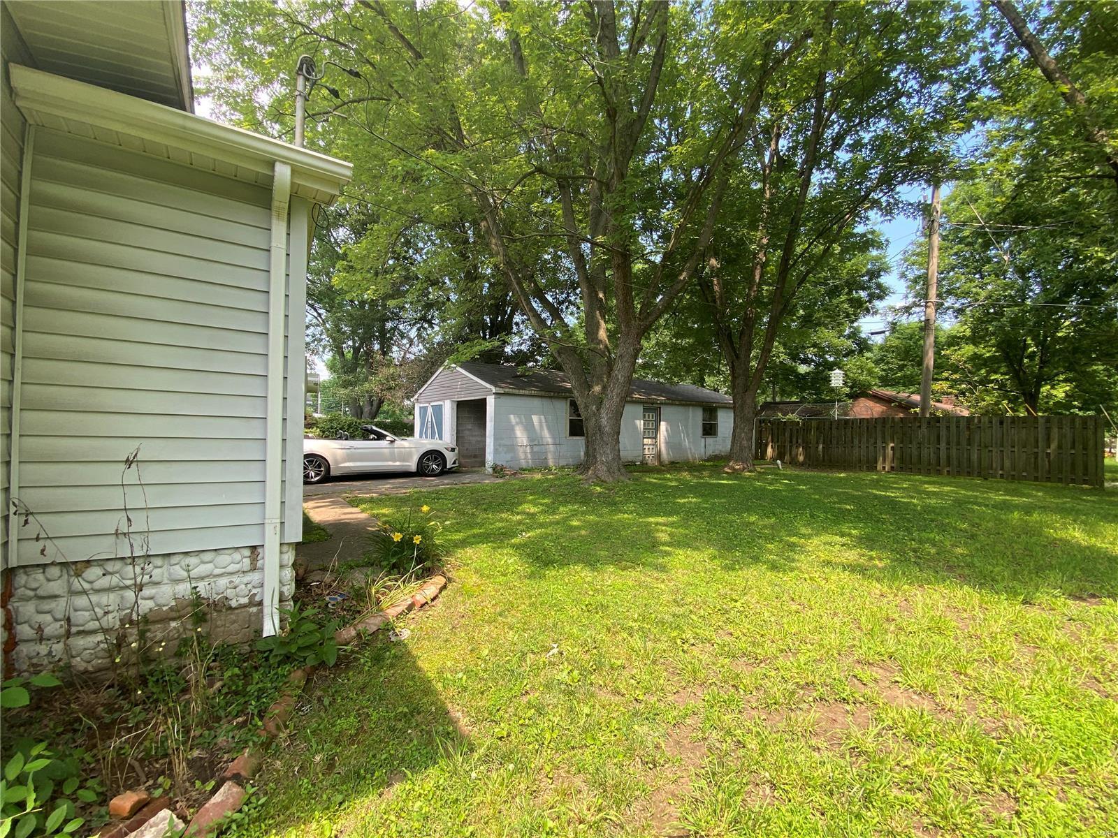 212 S 8th Street Property Photo 21