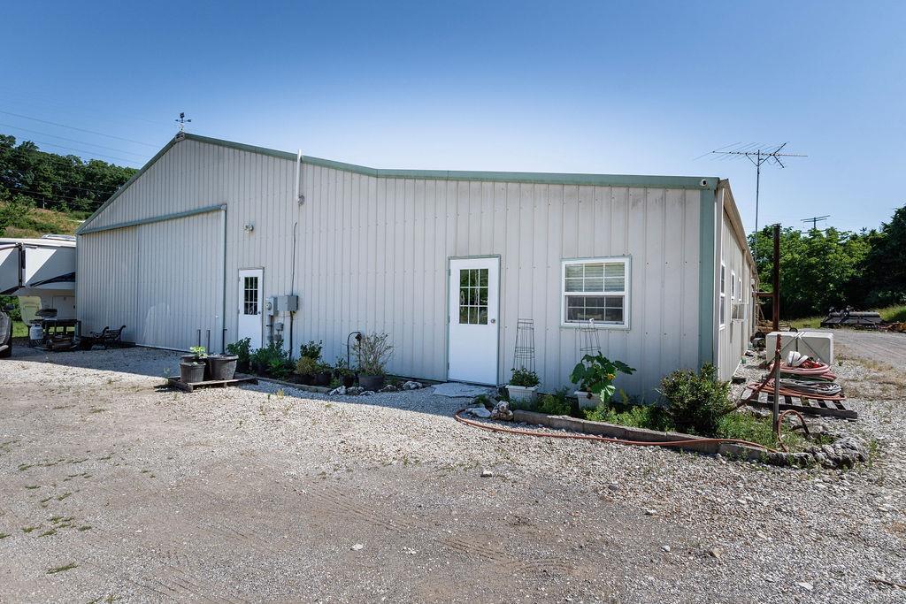 5170 Ron-el Drive Property Photo
