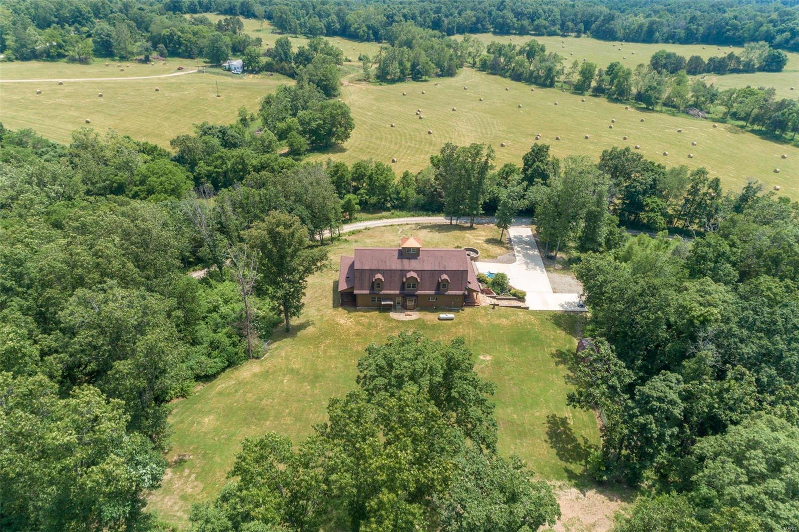 1088 Madison 206 Property Photo 1