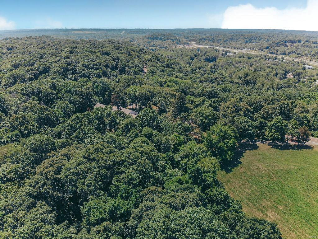 615 Corisande Hill Road Property Photo 3