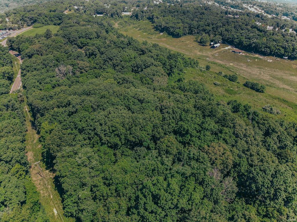615 Corisande Hill Road Property Photo 9