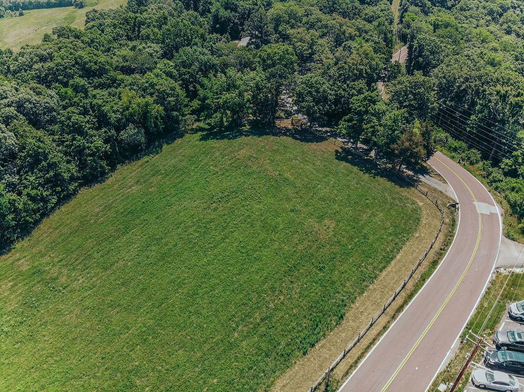615 Corisande Hill Road Property Photo 14