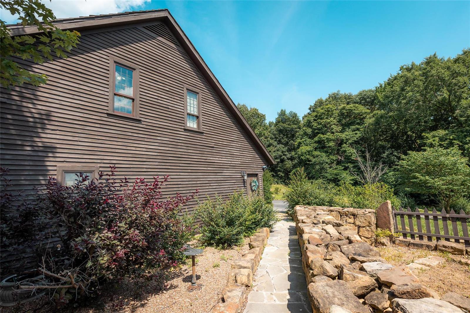 120 Fox Run Lane Property Photo 38