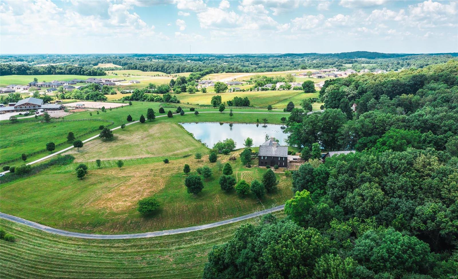 120 Fox Run Lane Property Photo 47