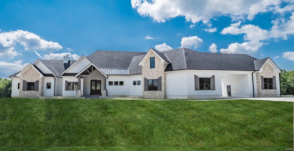 1055 Stonecastle Drive Property Photo 1