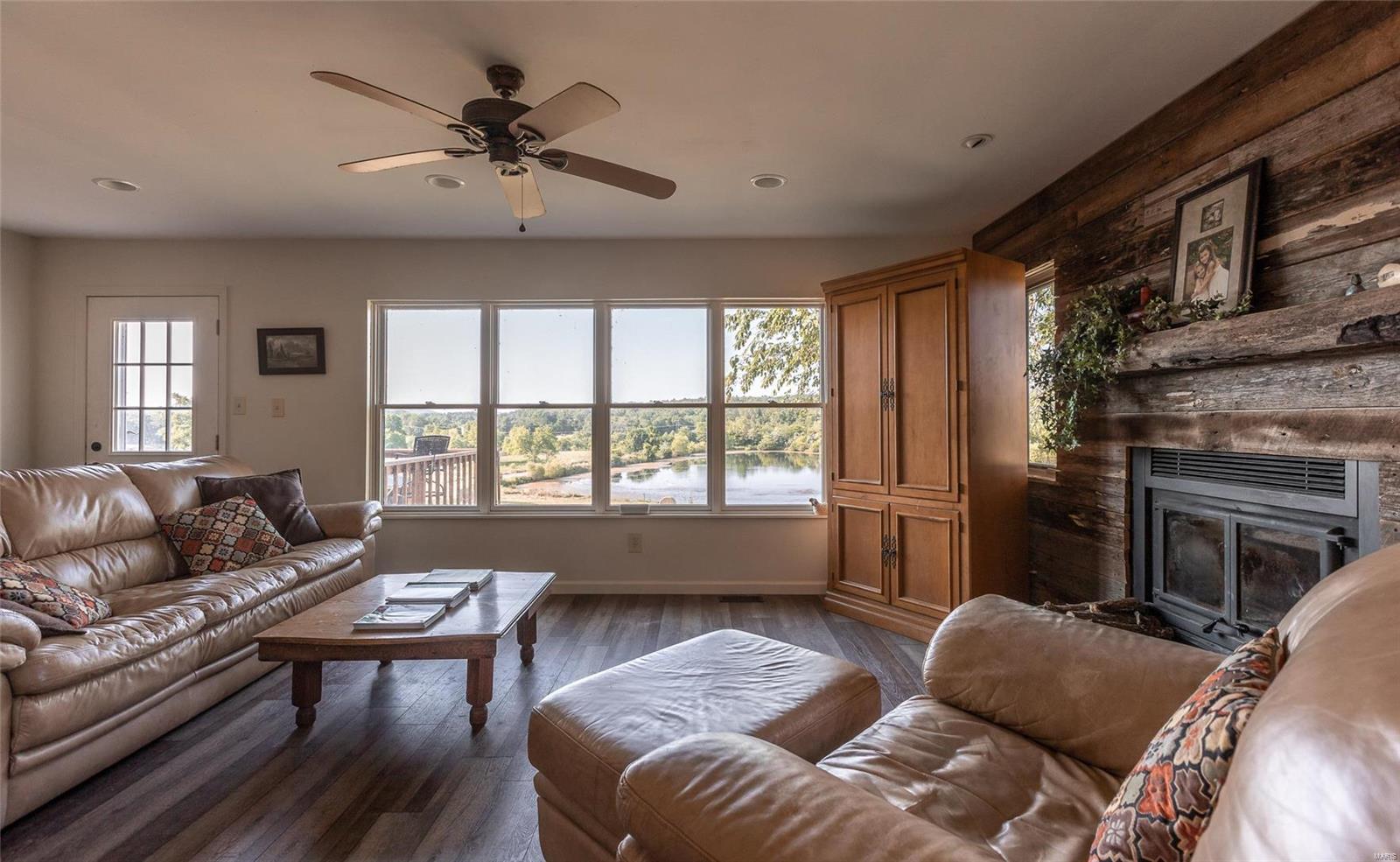 1158 Madison 9533 Property Photo 23