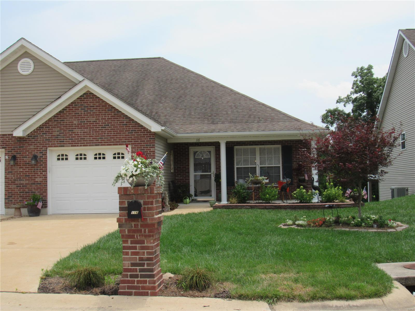 116 Glenrich Drive Property Photo 1