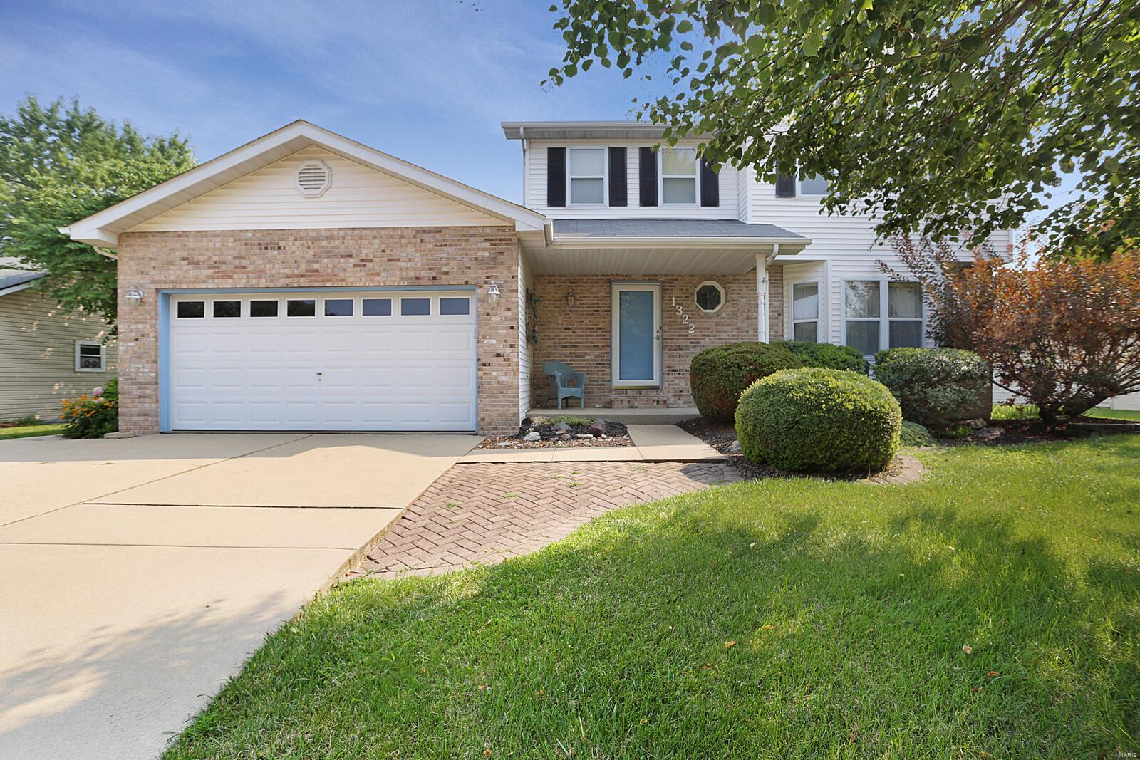 Applegate Real Estate Listings Main Image