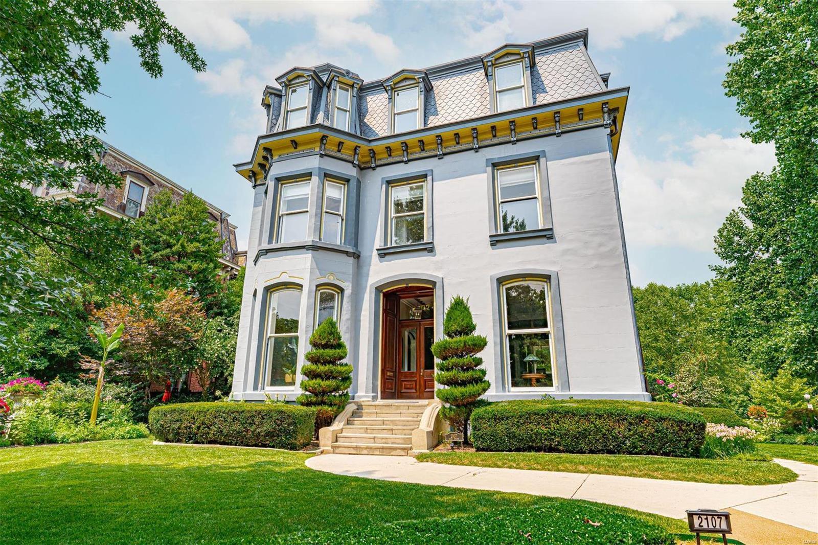 2107 Park Avenue Property Photo 1