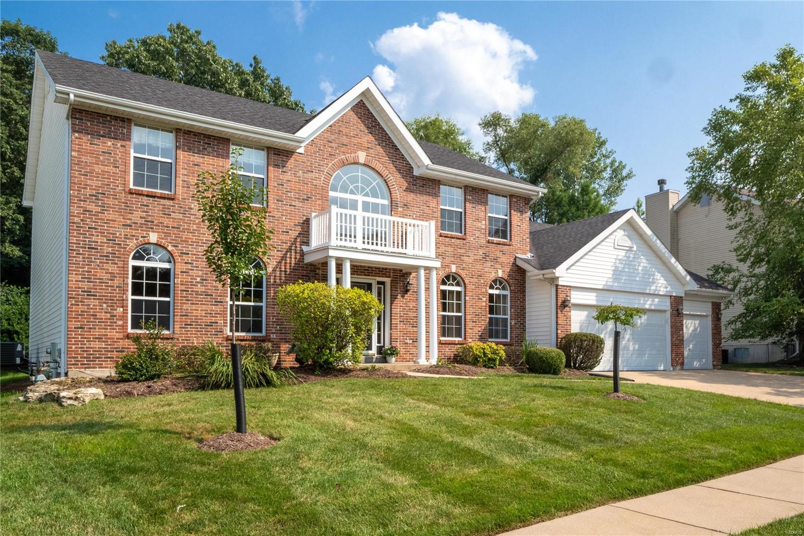 Autumn View Real Estate Listings Main Image