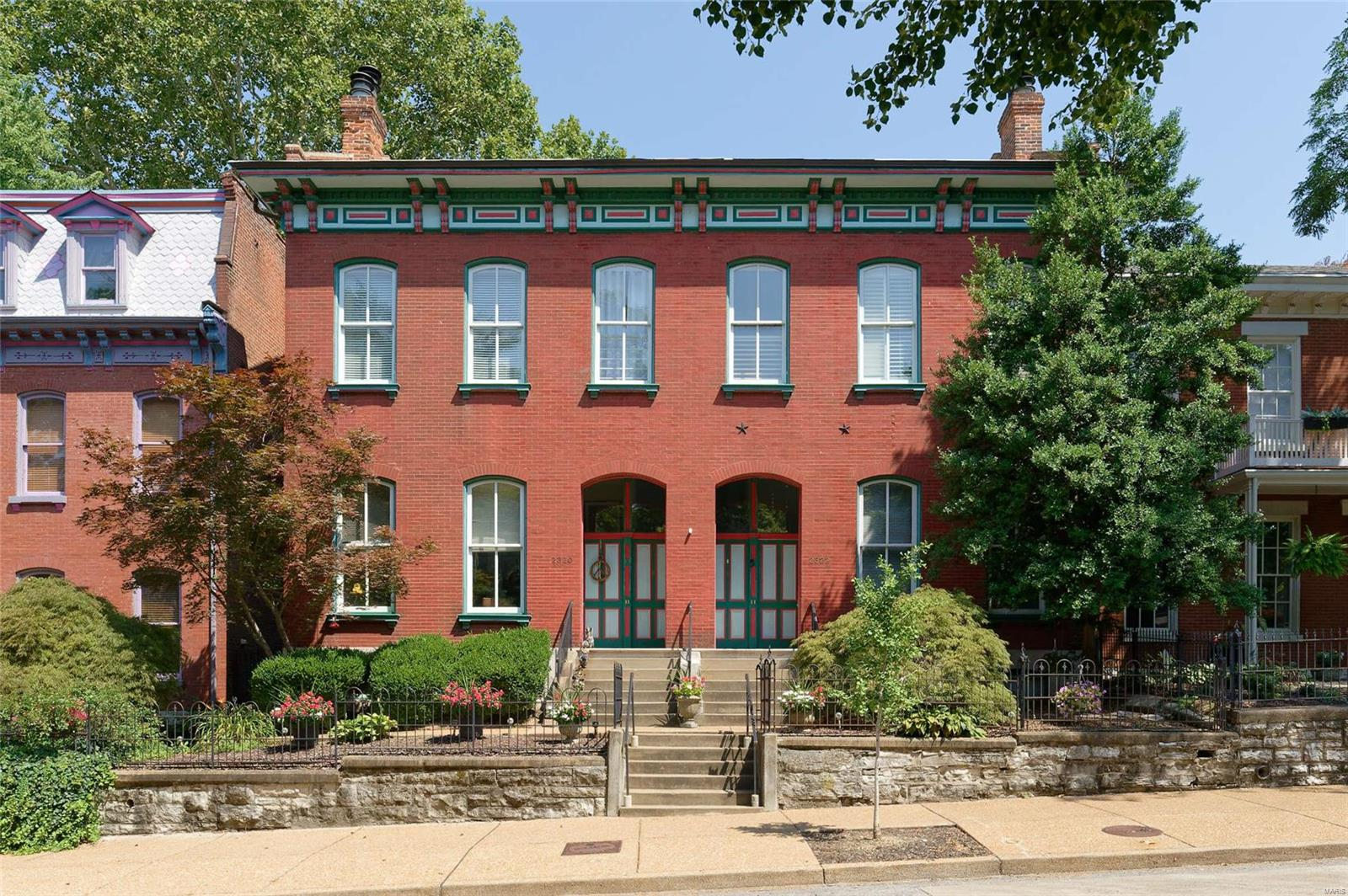 11th Street Condo Real Estate Listings Main Image