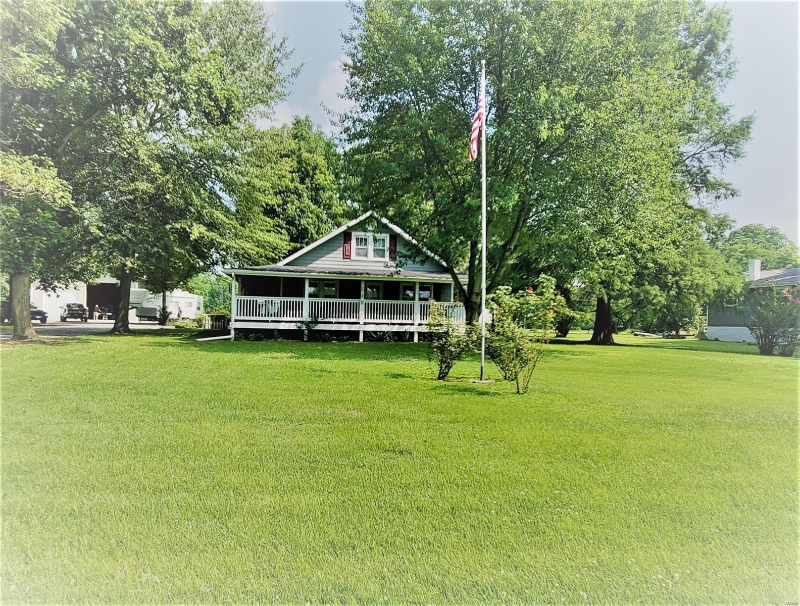 W 205 Smith Property Photo 1