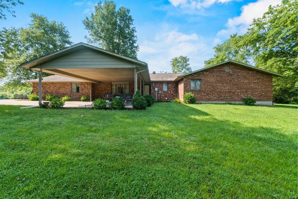 220 Lake Ridge Property Photo 1