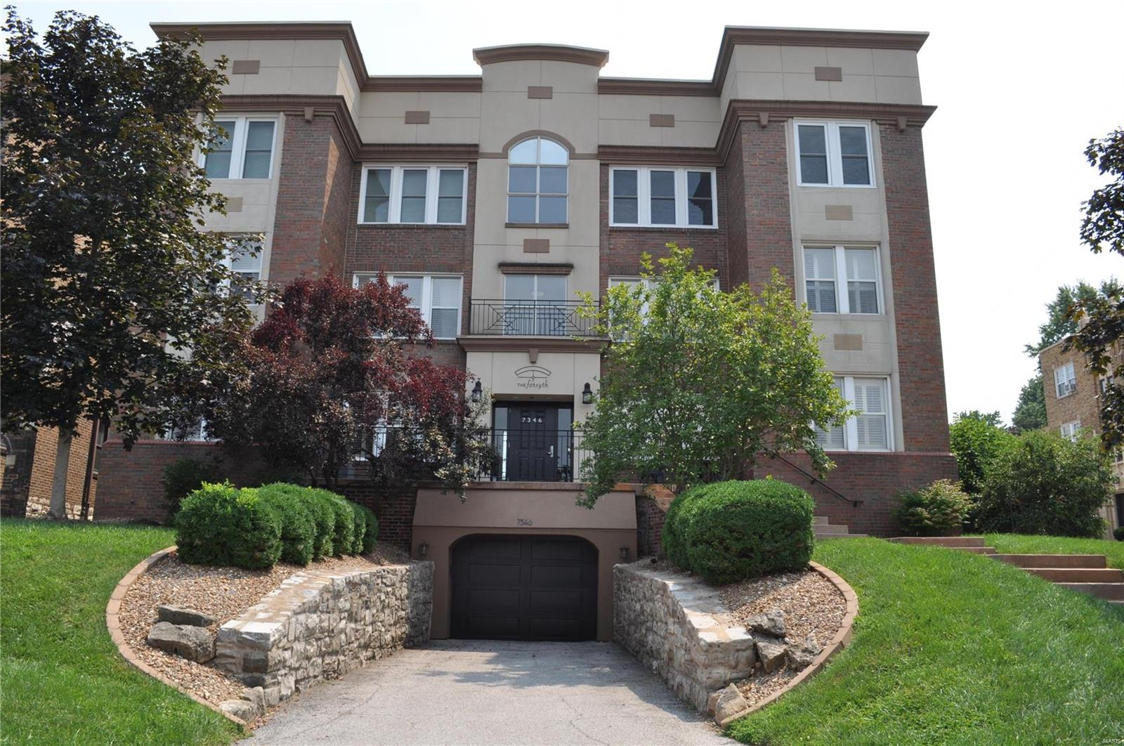 7346 Forsyth Blvd Condo Real Estate Listings Main Image