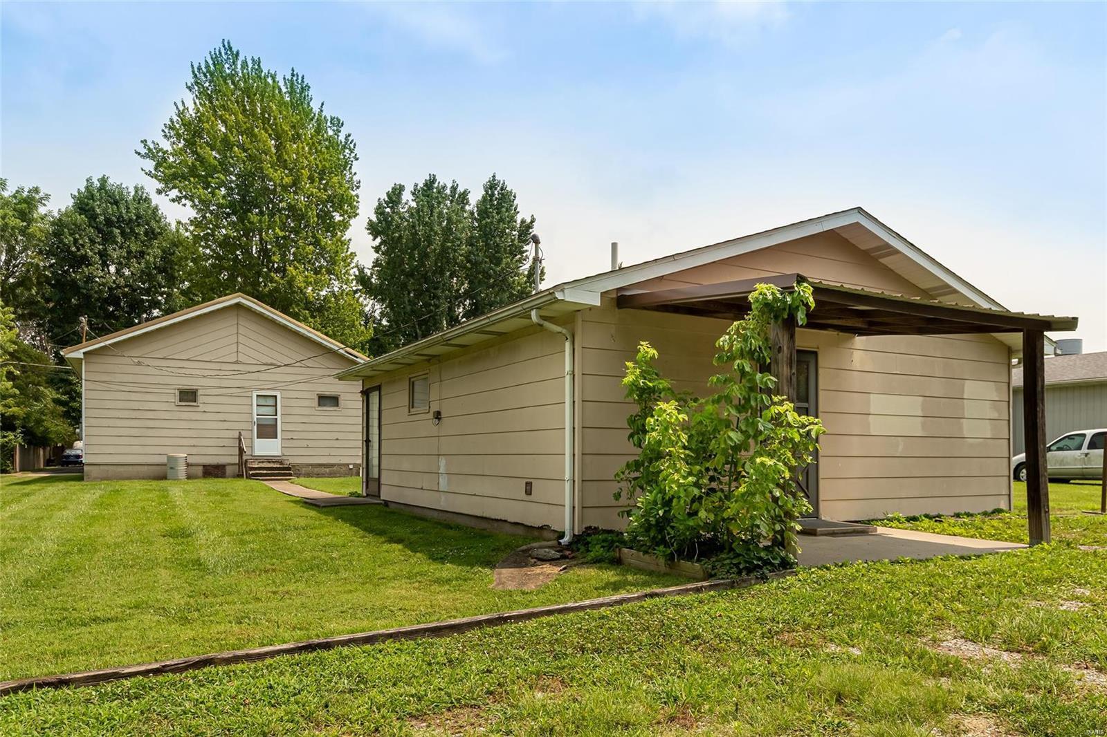 S 513 Emma Street Property Photo 17