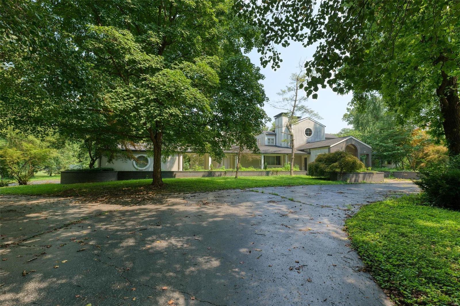 7 Overbrook Property Photo 1
