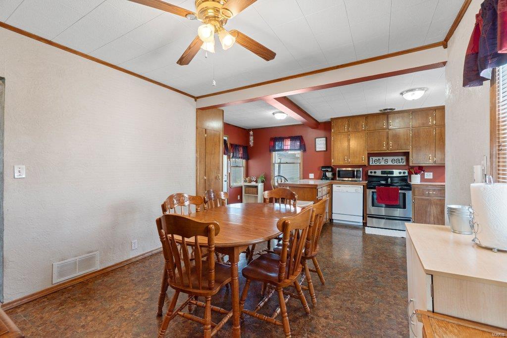 318 N West Property Photo 11