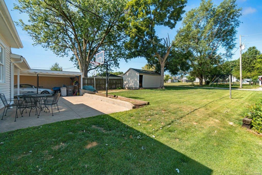 318 N West Property Photo 29