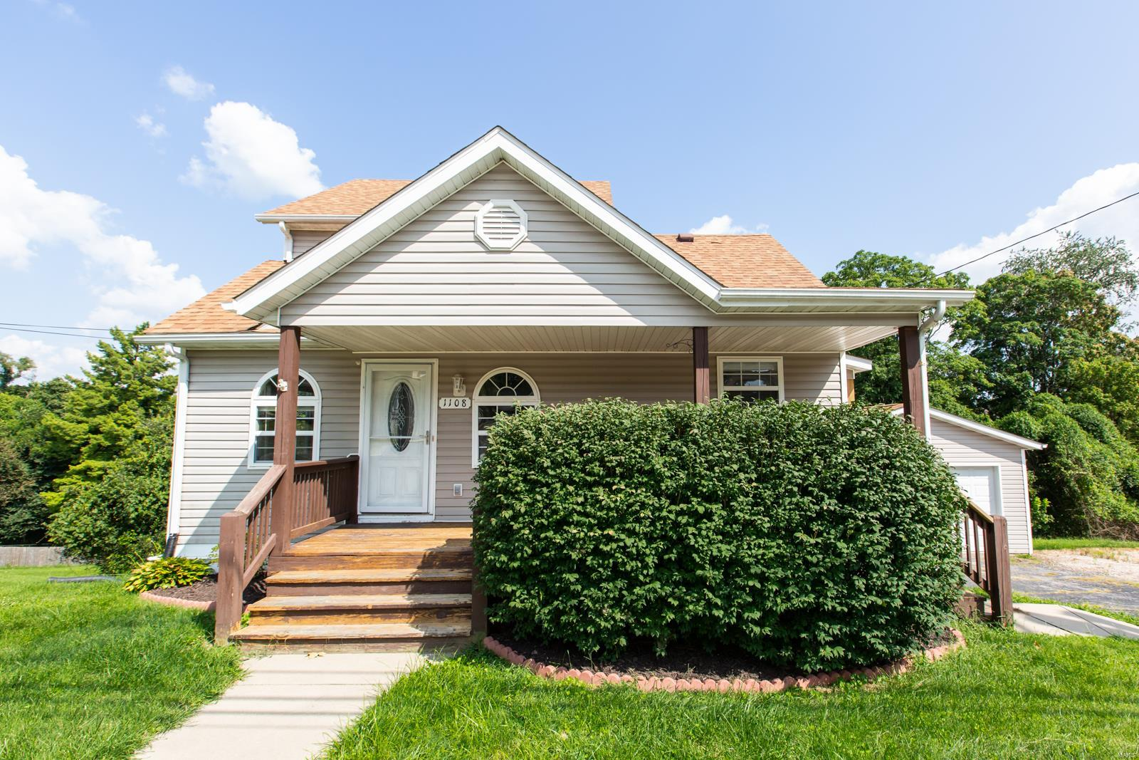 Arrowhead Heights Real Estate Listings Main Image