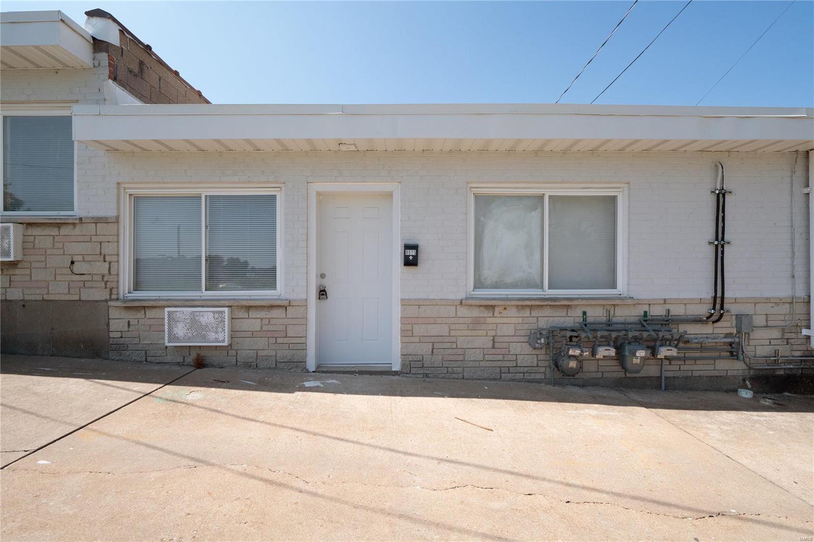 160901 Real Estate Listings Main Image